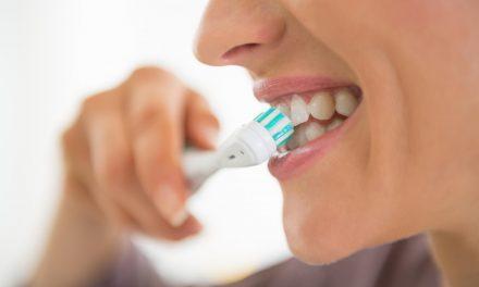Szczoteczki soniczne do zębów – jak wybrać?