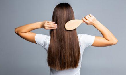 Szczotka prostująca do włosów – jak wybrać?
