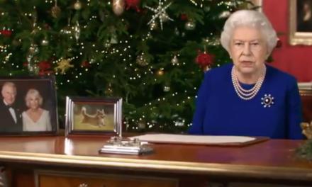 Życzenia królowej Elżbiety II jako oszustwo deepfake. Zobacz film