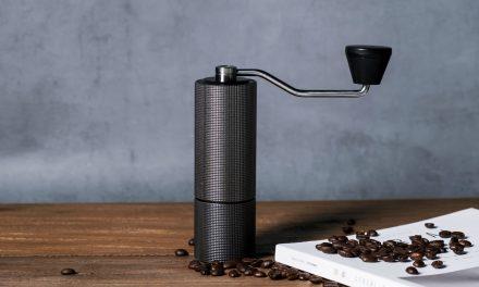 Najlepsze ręczne młynki do kawy? Oto ranking 2021!