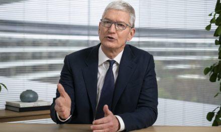 Szef Apple'a krytykuje działania Facebooka