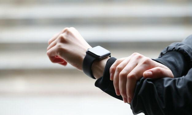 Jaki tani smartwatch wybrać w 2021 roku? Przykładowe modele
