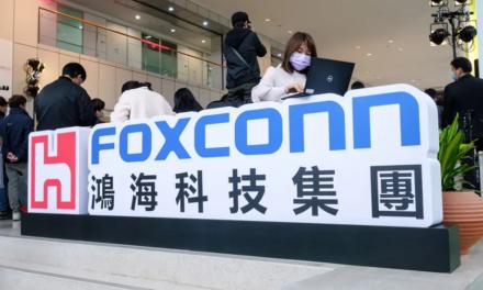 Foxconn: niedobór komponentów potrwa przynajmniej do 2022
