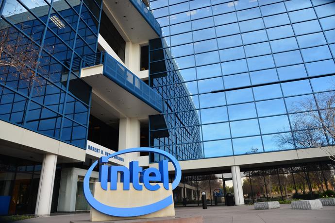 Intel zaoferuje DDR5 i PCIe 5.0 jako pierwszy. A co z AMD?