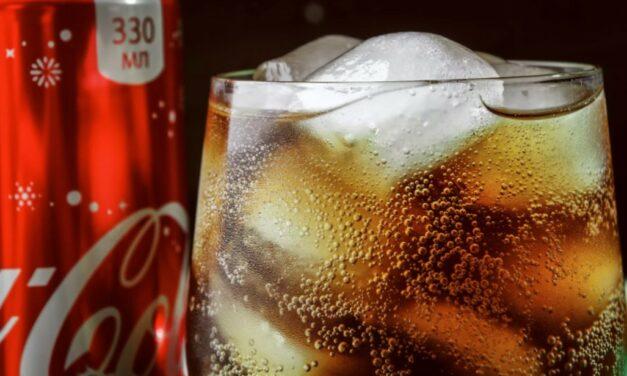 Coca-Cola sprzedaje swój napój w abonamencie w Japonii