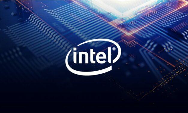 Intel został oskarżony o podsłuchiwanie użytkowników