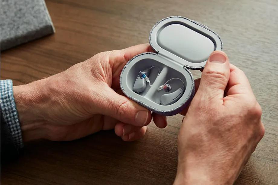 Bose stworzył swój pierwszy aparat słuchowy – SoundControl