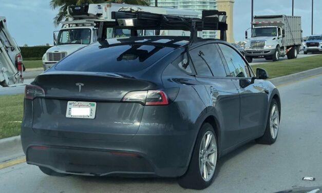 Tesla testuje technologię Lidar? Tajemniczy samochód na ulicach