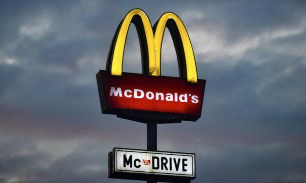 McDonalds stawia na większą automatyzację w drive-thru