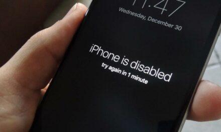 """Komunikat """"Połącz z iTunes"""" na iPhone – co zrobić gdy telefon jest zablokowany?"""
