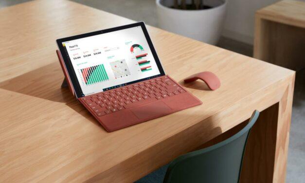Microsoft zaprezentuje nowe laptopy Surface już 22 września