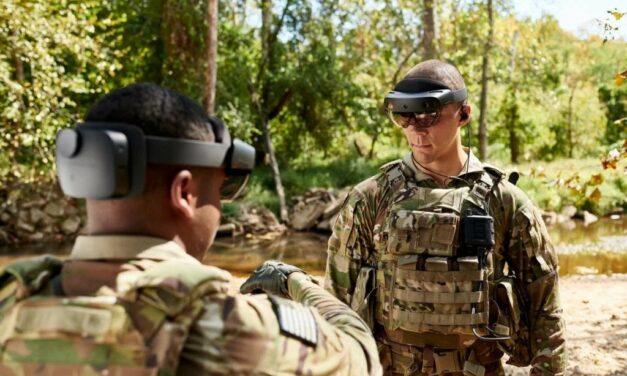 Po co wojsku gogle AR HoloLens od Microsoftu?