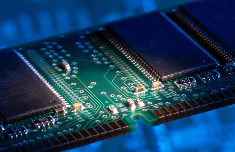 Ile pamięci RAM do laptopa? Do gier? Poradnik 2021